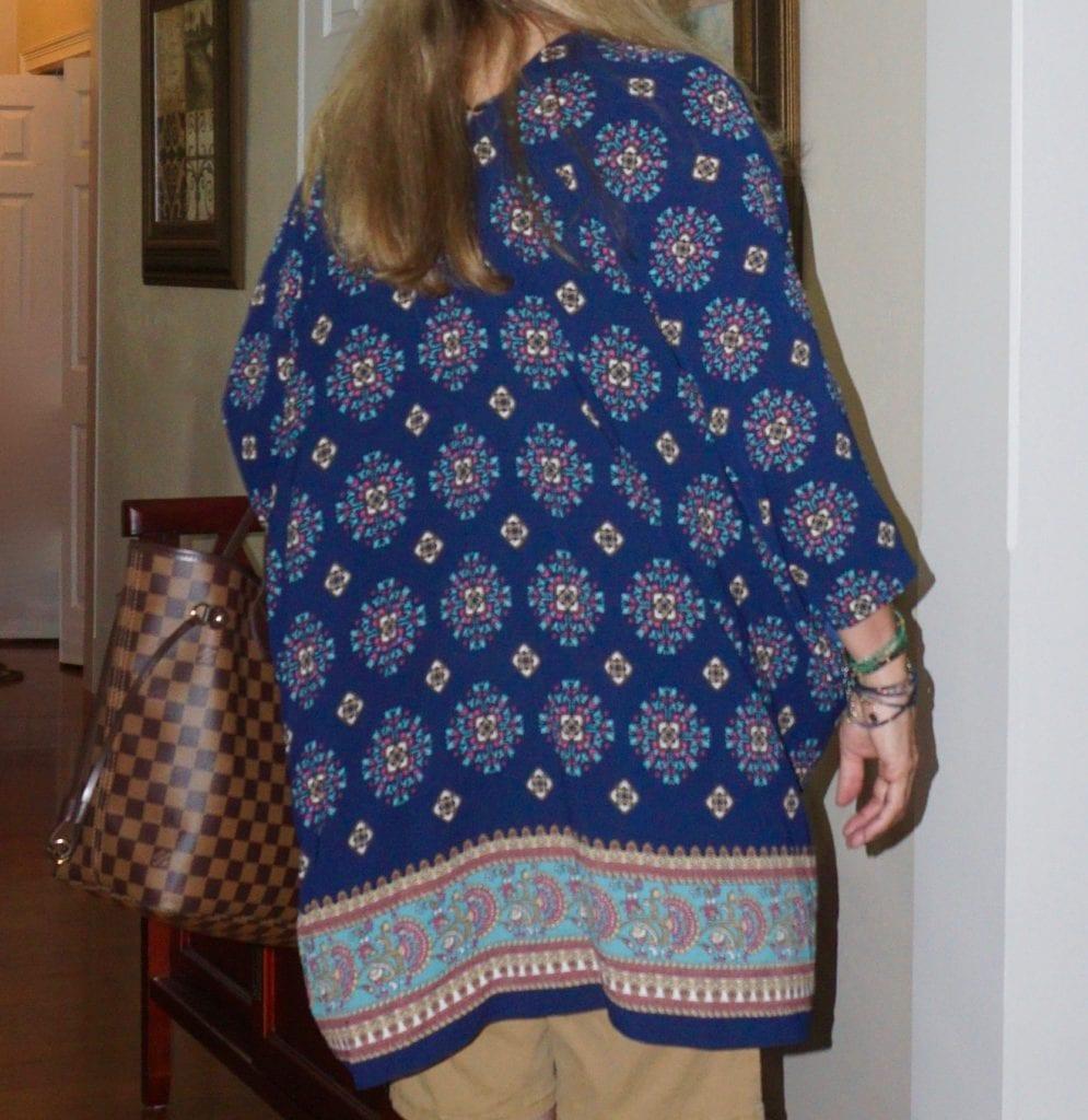 http://distinctlysouthernstyle.com/kimono/?