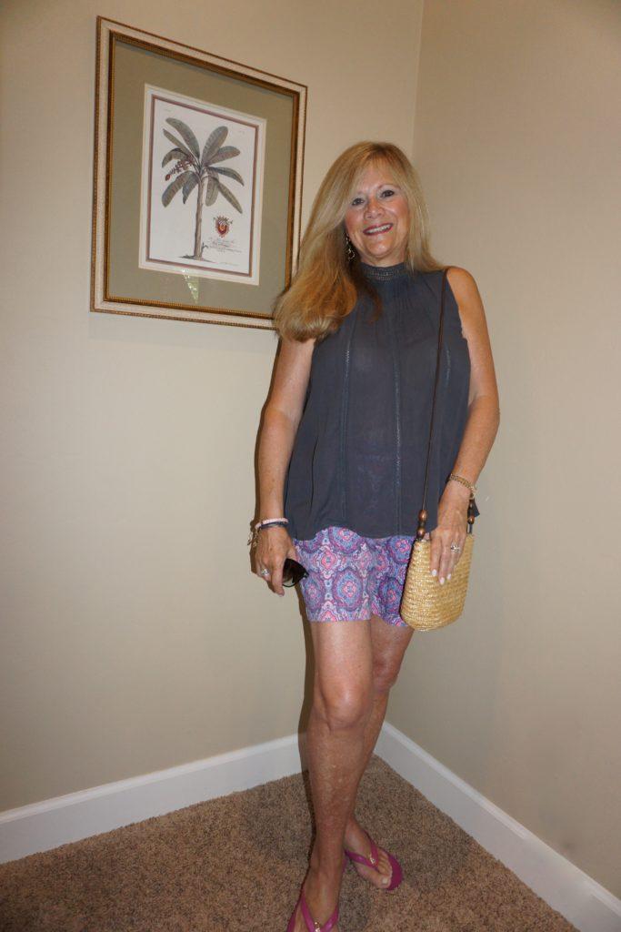 woman-shorts-top
