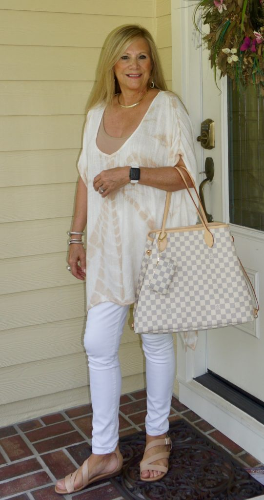 summer-outfit-mixing-neutrals